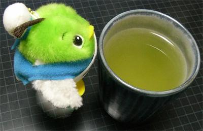 鳥取産のお茶わんであったかいお茶を飲んで、体の中からあたたまろう~