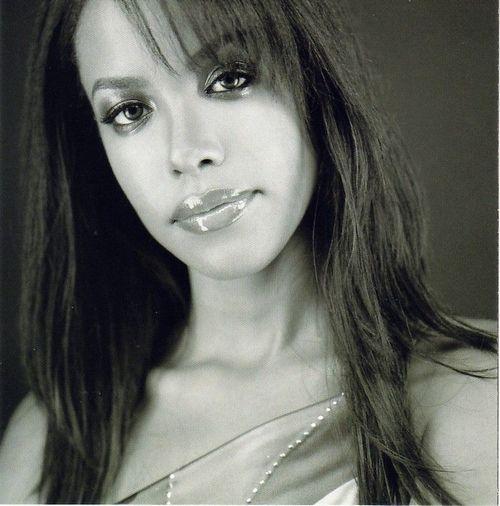 Aaliyah Grey Nude Photos 85