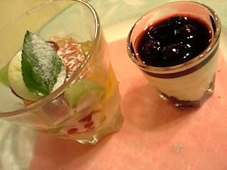 「アングレーズソースフルーツ、ホワイトチョコレートムース」ログ山荘 火の鳥 レストラン娜留紗(熊本)