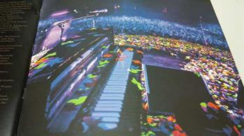 Viva La Vida 2009 US Tour Program④