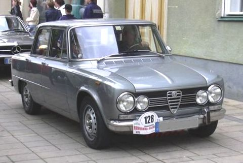 alfa-romeo-giulia-super-1973.jpg