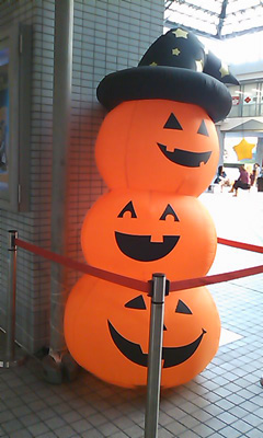 101017_halloween2.jpg