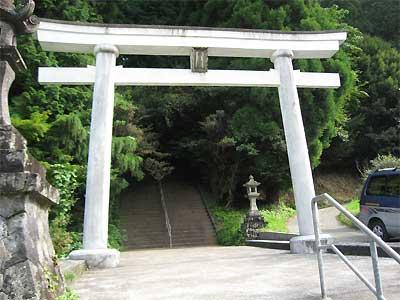 heitate-torii.jpg