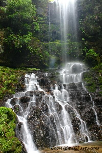 笠形山の滝3-3
