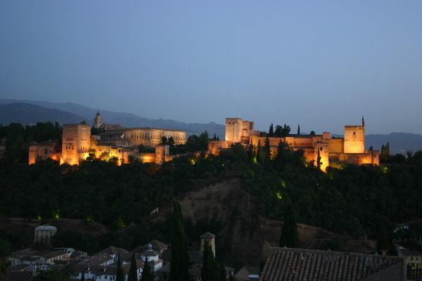 アルハンブラ宮殿夜景