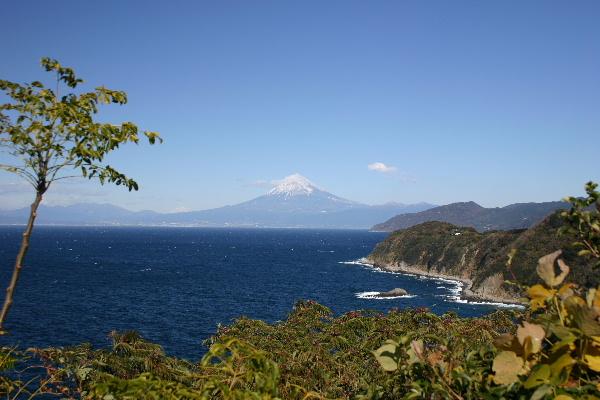 恋人岬から見た富士山