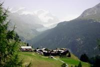 スイスの山あいの集落
