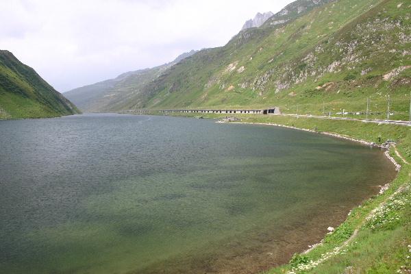 氷河特急から見た湖