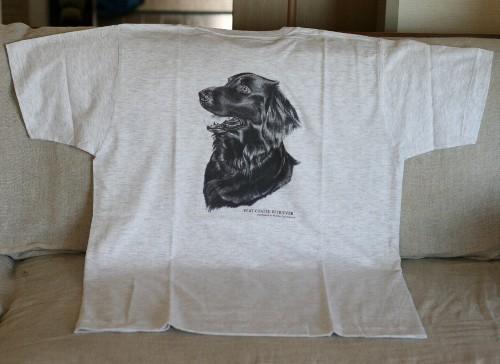 フラットのTシャツ2