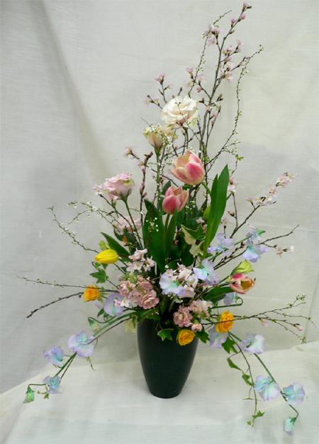桜・チューリップのアレンジメント