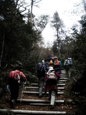 20120311熊山修了登山4