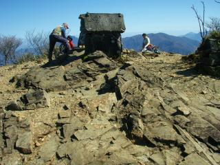 20111027祖母山15