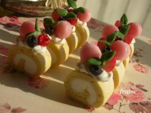 デコレーションロールケーキ5
