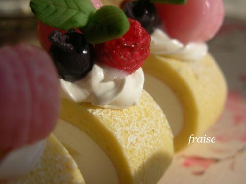 デコレーションロールケーキ3