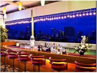 ホワイト オーキッド ホテル (White Orchid Hotel)