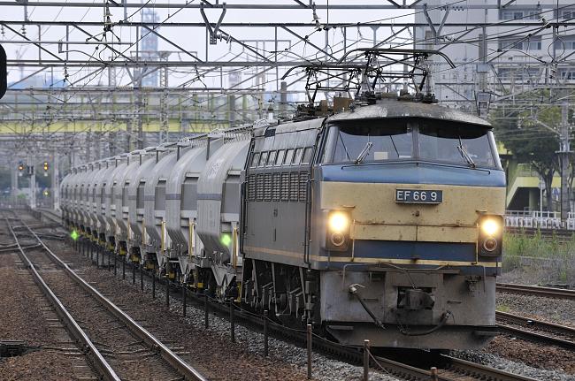 5580レ EF66-9号機