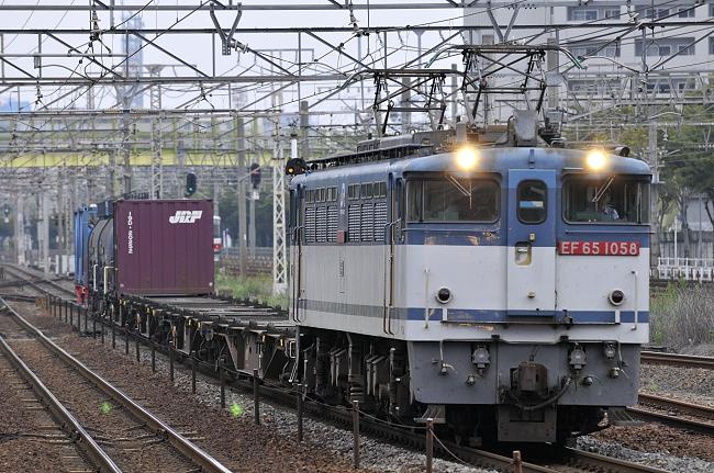 1554レ EF65-1058号機
