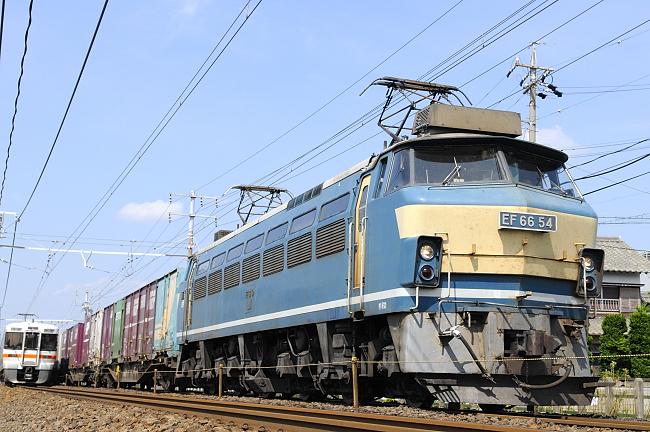 1070レ EF66-54号機