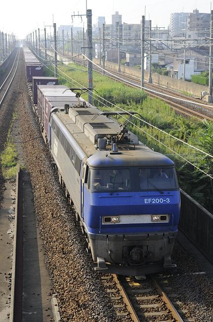 1055レ EF200-3号機