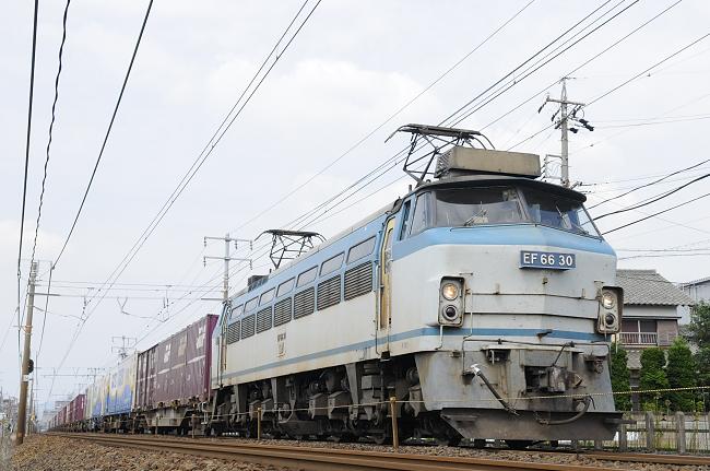1070レ EF66-30号機♪