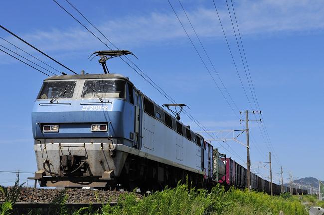 8056レ EF200-2号機
