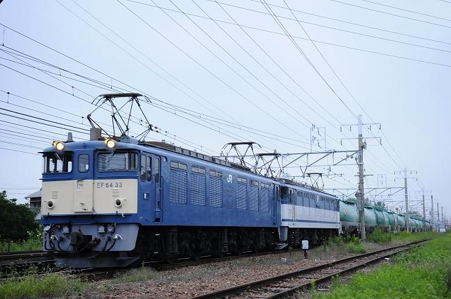 5883レ EF64-33号機