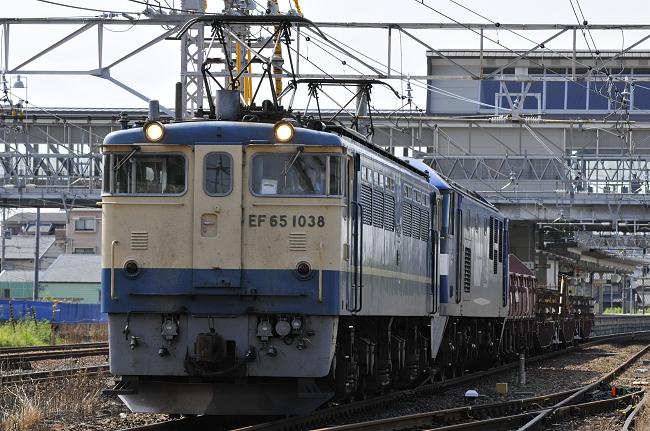 8865レ EF65-1038!