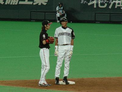 初スタメン・初打点の紺田は、M西岡と俊足トーク