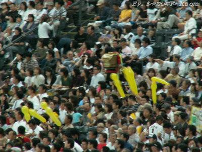 一部黄色い風船…コラ~~~ッ!