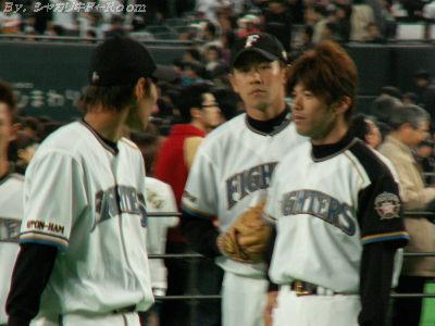 正田くん&建山さん(後ろ向きは佐々木さん?)