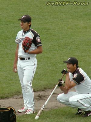 サイン会を終え練習!ウエムラ&島田コーチ