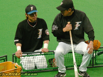 正座して真面目に平野コーチと話してると思ったら…