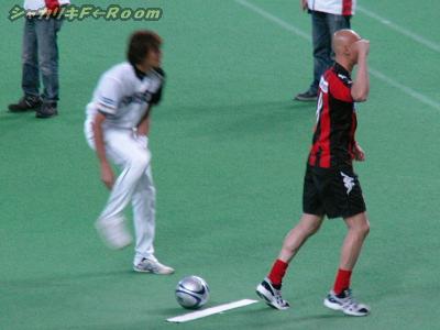 白4番手・紺田、靴脱げパフォーマンスも…