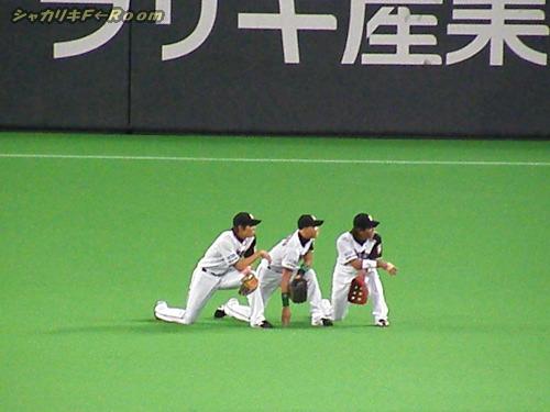 横並び外野ーズの絵になる3人(*´∇`*)