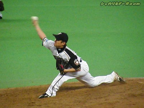 延長戦に入って、ヒサシさんが登板!