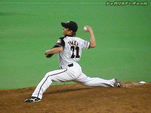 予定よりちょっと早い出番になった武田ヒロシ(@プロ野球ニュース)…いつもヒサシに負担かけて、ゴメンねorz