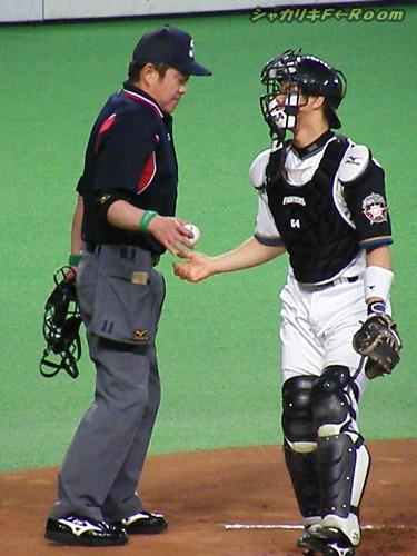 マニアの為の、よく見りゃ球審・中村稔パリーグ副審判部長。