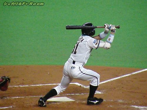 叩き付けた打球で、プロ入り初打点のムラタキュン…それが足を生かす道!