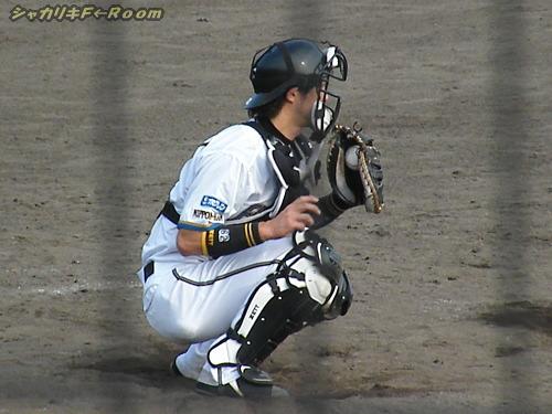 久さんの球を受けるは、亮太!