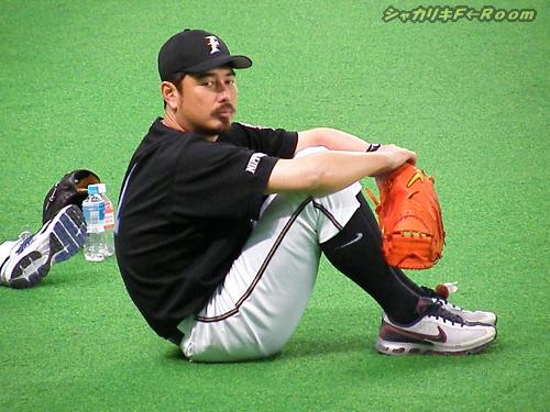 たそがれ吉井コーチ。