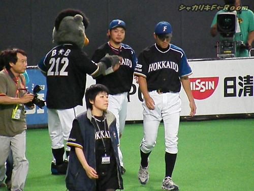文句なしの投打のヒーロー、多田野&小谷野(同級生だったのねぇ)
