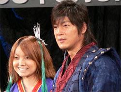 劇場版「仮面ライダー響鬼」出演の安倍麻美と細川茂樹
