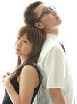 「ELEPHANT GIRL」のErina(Vocal)&杉本(Bass)