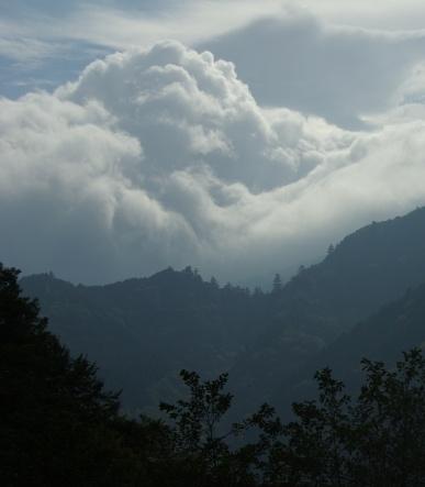 雲がもくもく
