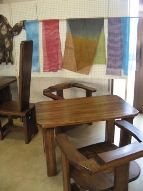 低テーブル・ストール
