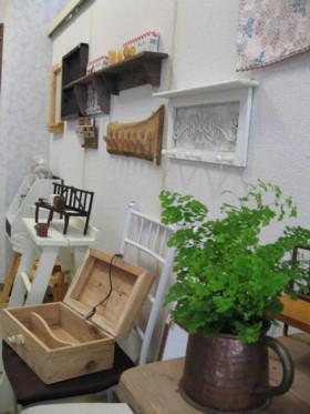 壁掛け木工&観葉植物