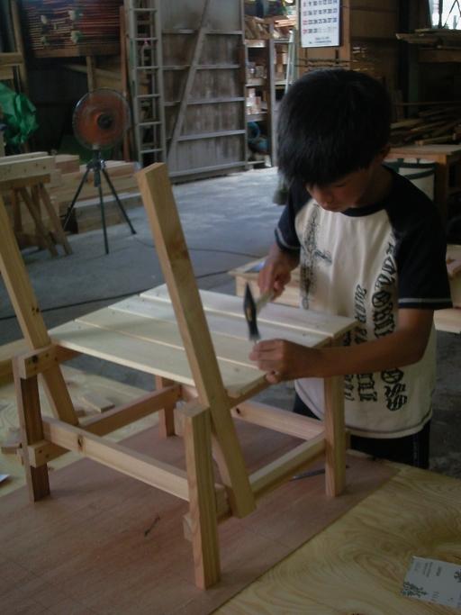 chair02-05