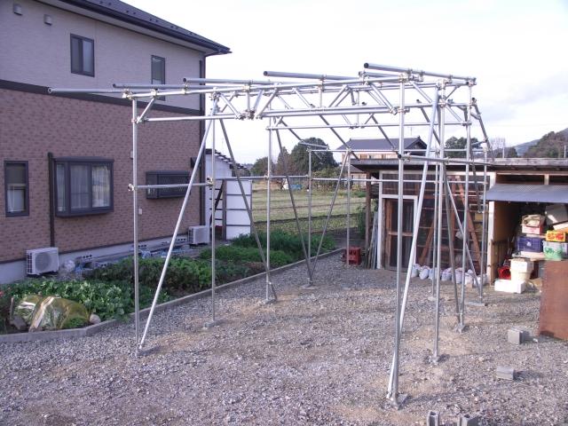 pipe-garage101211-01