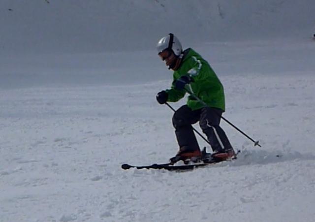 ski-dyna-110205-03