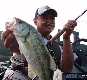 イブニングはフライで楽しい釣ができますよ。